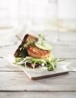 Lofotburger med coleslaw