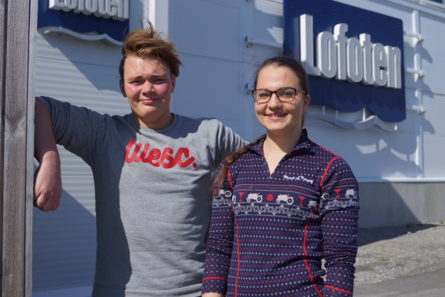 /var/www/lofoten.no/prod/wp content/uploads/2015/06/Hakon Johnsen Og Elise K Kuntze forminsket